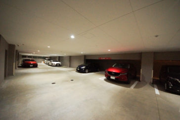 福岡のインドアゴルフスクール スイングワン の駐車場